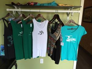 thrive-yoga-boutique-tanks